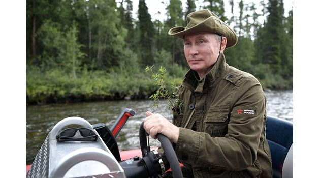 Как Путин унищожи гадинката