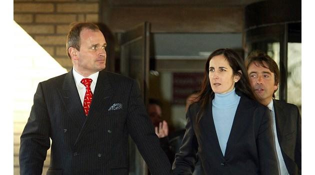 """Историята на измамника изиграл """"Стани богат"""". Чарлз Инграм печели 1 млн. лири, докато съпругата му подсказва с покашляне"""