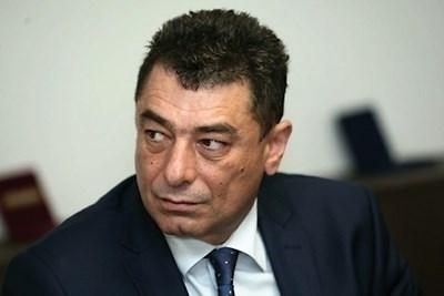 Съдят двамата от ГДБОП, получавали пари за чадър над дилъри