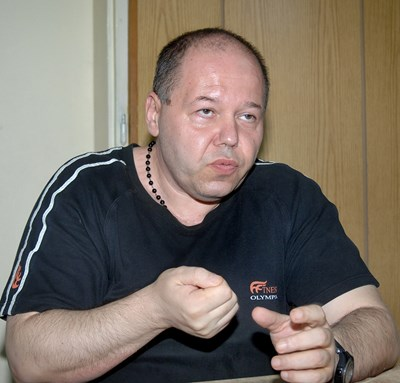 Веселин Ампов