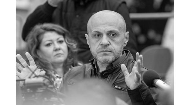 """Дончев: Видял съм всичко. Не беше се случвало да ми викат """"оставка"""" в лицето"""