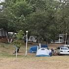 Това лято все повече хора избират почивка на палатка.