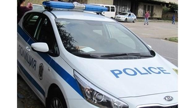 Мъж застреля брат си и си тегли куршума пред очите на майка им в Пловдив