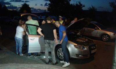 Кадрите от среднощните проверки са предоставени от ОД МВР Бургас.
