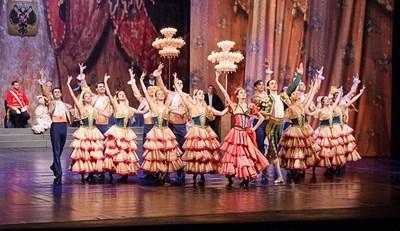 В постановката на Старозагорската опера и балет са запазени основните моменти от хореографията на Петипа и Горский.