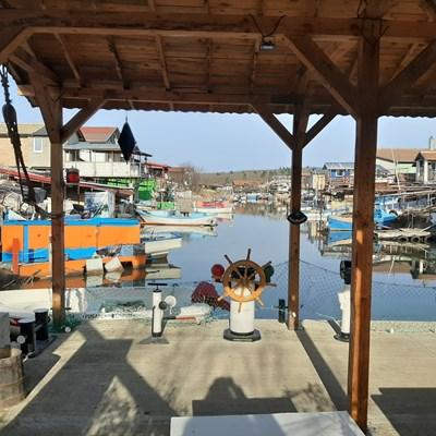 """Рибарското селище """"Ченгене скеле"""" край Бургас вече привлича туРисти с атрактивни събития. Снимка: Тони Щилиянова"""