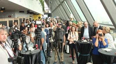 Отличените от техните пациенти лекари изпълниха ресторант The View в София.