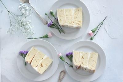 Нещо вкусно: Ванилова торта с крем сирене