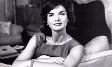 Джаки след Кенеди - бяга от миналото в брак с гръцкия милиардер Онасис, мамил я с Мария Калас