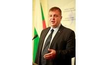 Каракачанов: Чакаме Валери Симеонов да предложи нов вицепремиер