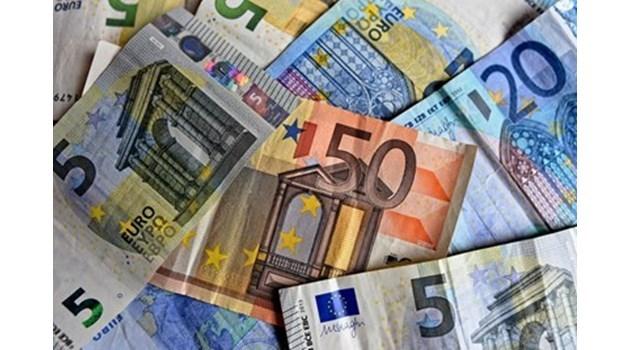 80-те % срещу еврото онези 80% на русофила с перчема Иво Христов ли са?