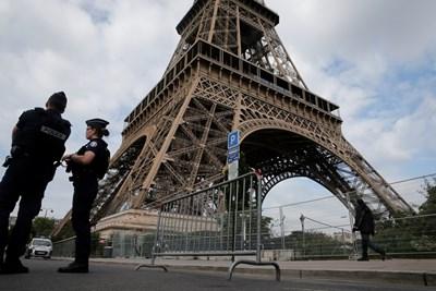 Символът на Париж – Айфеловата кула, беше затворена тази вечер за туристи заради Доналд Тръмп  СНИМКА : Ройтерс