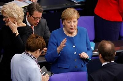 Меркел: Трябва възможно най-бързо споразумение за свободна търговия след Брекзита