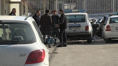 Явор Бахаров на излизане от ареста в Банско - той бе пуснат под гаранция след близо денонощие зад решетките.