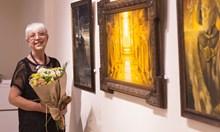 """""""През годините"""" на Виолета Радкова - живописни видения, облени от сценична светлина"""