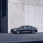 Volvo обнови S90 и V90, вече са хибриди