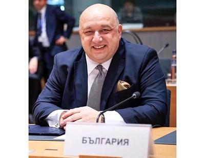 КРАСЕН КРАЛЕВ