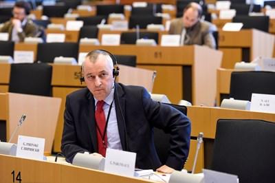 Георги Пирински в пленарната зала на Европарламента.