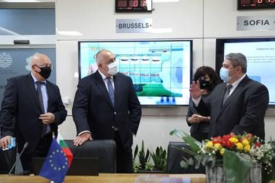 Кметът разговаря с Борисов и Ревизоро  в Координационния център на МОСВ