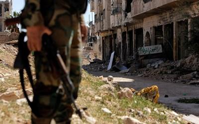 Британски военнослужещи са били заловени от сирийската армия по време на военна операция в Източна Гута. СНИМКА: Ройтерс