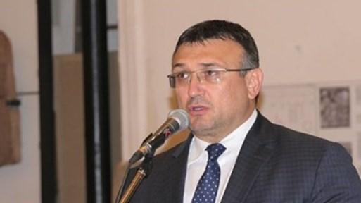 Маринов: На протестите има хора, които са там, за да провокират полицаи и участници