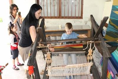 В ателието тази събота ще бъдат показани тънкостите на тъкането