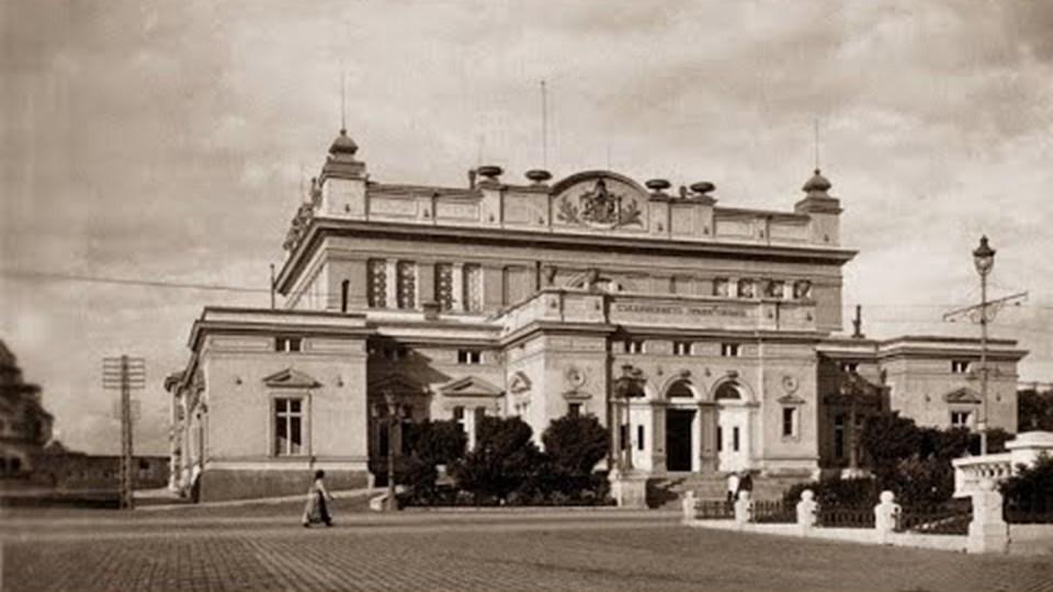 Проклятието на Народното събрание: защо под сградата е бил първият гроб на Левски