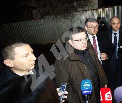 Главният прокурор Цацаров дава изявление през журналистите. Снимки ЙОРДАН СИМЕОНОВ СНИМКА: 24 часа