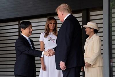 Императорът на Япония Нарухито и съпругата му Масако с Доналд Тръмп и жена му Мелания СНИМКА: Ройтерс