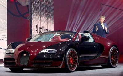 Bugatti Veyron по време на първото му представяне на автосалона в Женева