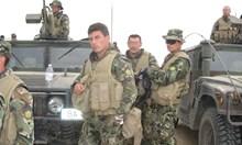 Българин от Афганистан: Тръгвахме си, а местни правеха знаци, че ще ни режат главите! Викаха: предатели