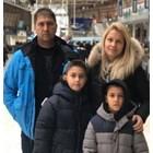 Ивайло Янакиев със семейството си. Снимка:фейсбук