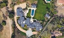 Кание Уест и Ким Кардашиян пазят вила за $60 млн. с частна пожарна