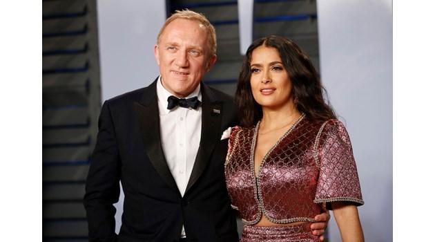 """Мъжът на Салма Хайек и баща му ще дарят 100 млн. евро за реставрирането на """"Нотр Дам"""""""