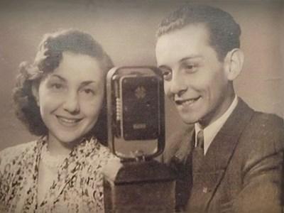 """В радиото младият Багаров не успява да спре навреме записа на """"Боже, пази Царя"""". Гафът преобръща на 360 градуса живота му и едва не го изселват от София."""