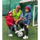 Премиерът в оставка Борисов на футбол с внуците
