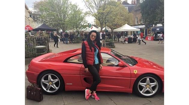 Българка, осъдена да върне 200 000 паунда на богат английски любовник, обяви фалит