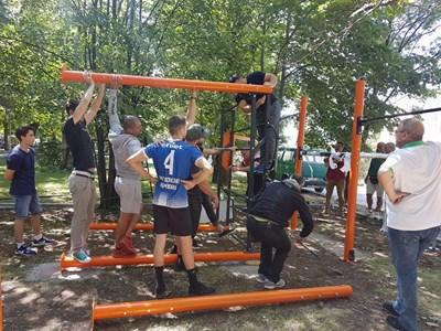 Монтираха първото професионално фитнес съоръжение в парка на Дупница.