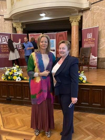 Стефка Костадинова и Валентина Цветкова