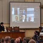 Петима депутати се заклеха дистанционно заради COVID. Сред тях бе и Слави Трифонов СНИМКИ: Йордан Симеонов