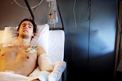Пациент лежи в болница в Осло. СНИМКА: РОЙТЕРС