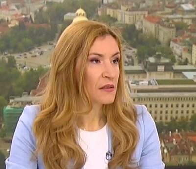 Николина Ангелкова Кадър: Нова тв