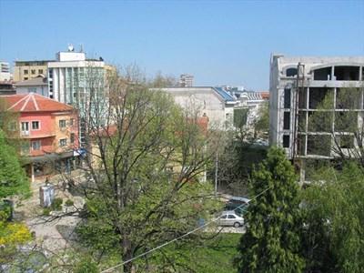 В Хасково над 80 на сто от сградите са ниско строителство и са изчислени за трус над 7 по скалата на Рихтер. СНИМКИ: АВТОРЪТ