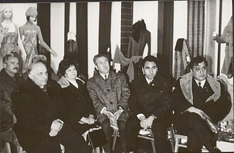 Най-вляво е Тодор Живков, най-вдясно - Стефан Гецов.