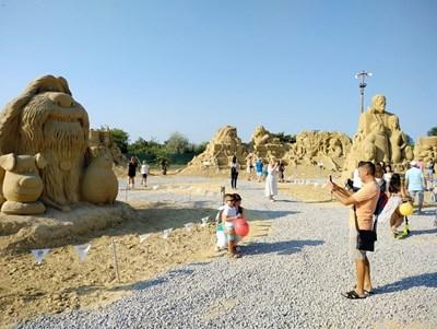 Фестивалът на пясъчните фигури в Бургас ще бъде открит в началото на юли.