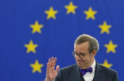 Президентът на Естония Томас Илвес, който разби Нобеловия лауреат Пол Крумган през Туитър, поиска в реч пред европейските депутати Е-Европа.  СНИМКА: РОЙТЕРС