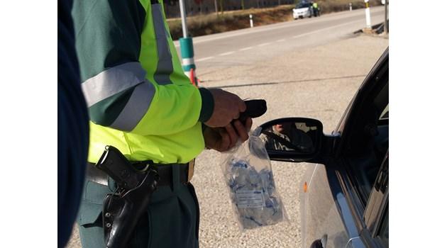 Водач с внушителните 3.93 промила алкохол е заловен на път за Калотина