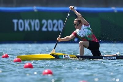 Станилия Стаменова по време на сериите на 200 м едноместно кану при жените на олимпийския гребен канал в Токио. СНИМКА: ЛЮБОМИР АСЕНОВ, LAP.BG