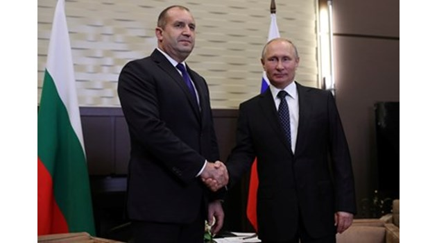Американски шпионин със скандално разкритие: Румен Радев е част от план на Путин за доминация
