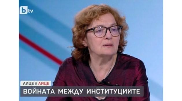 Радев е слабата страна в кофликта с Борисов, само говори